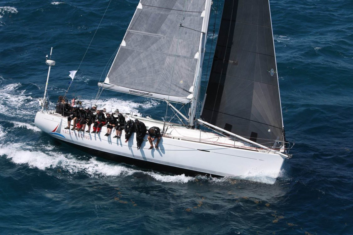 Race Yacht Charter EH01