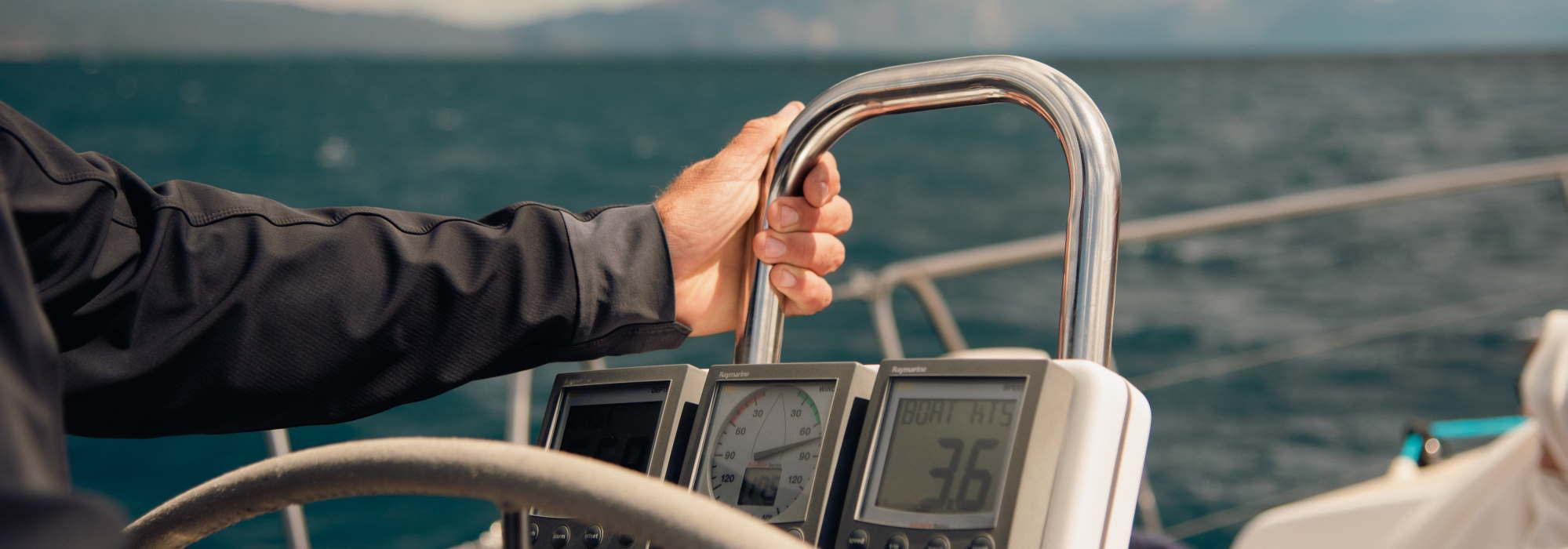 Race Yacht Charter